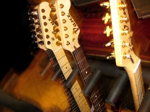 Vanz Guitars...gracias!!
