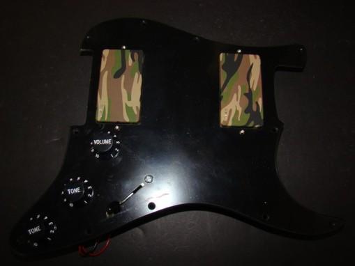EMG Custom 81/85 Camo Set para Strat