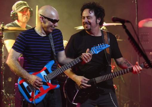 Lukather y Satriani en Melbourne durante la gira G3