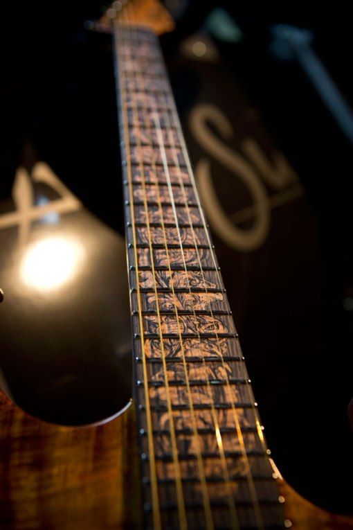 2013-NAMM-Collection-Guitar-2-fingerboard