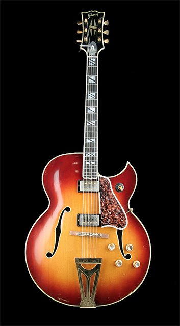 Gibson Super 400 de Scooty Moore (Elvis Presley)