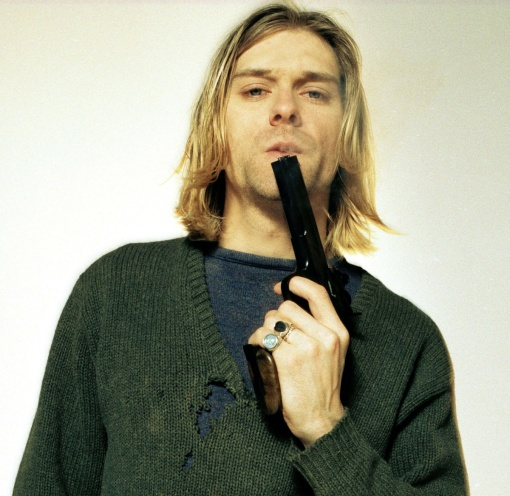 kurt-cobain_pistola
