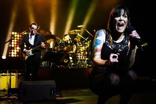 joe_bonamassa_and_beth_hart_js_190214