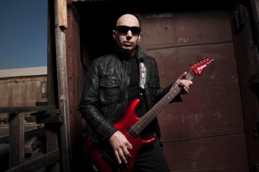Joe-Satriani-2015