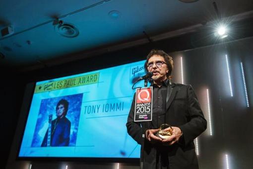 iommiQ-award_600 (1)