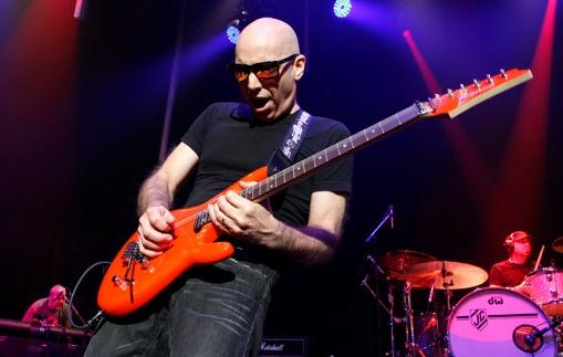 Joe Satriani. Photo by Adam Gasson.