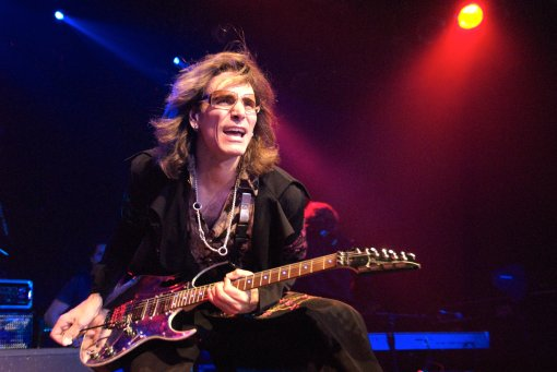 steve-vai-guitar-hard-rock.jpg