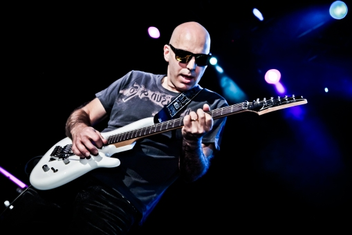 Joe-Satriani-Net-Worth